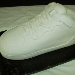 Shaped 35- Tennis Shoe